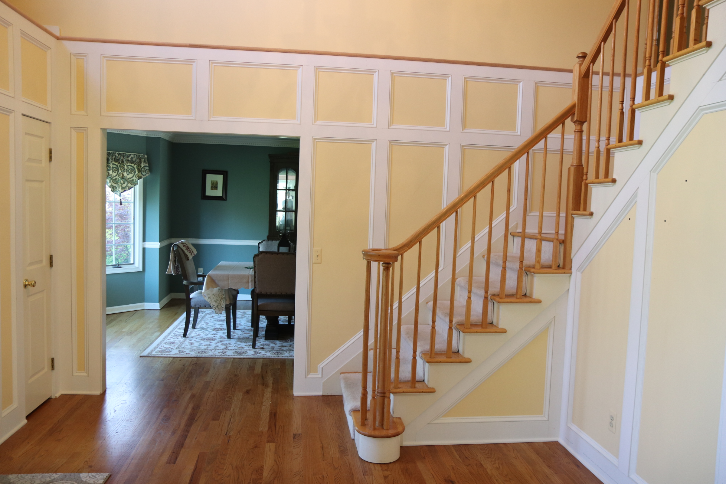 Foyer wainscot 2