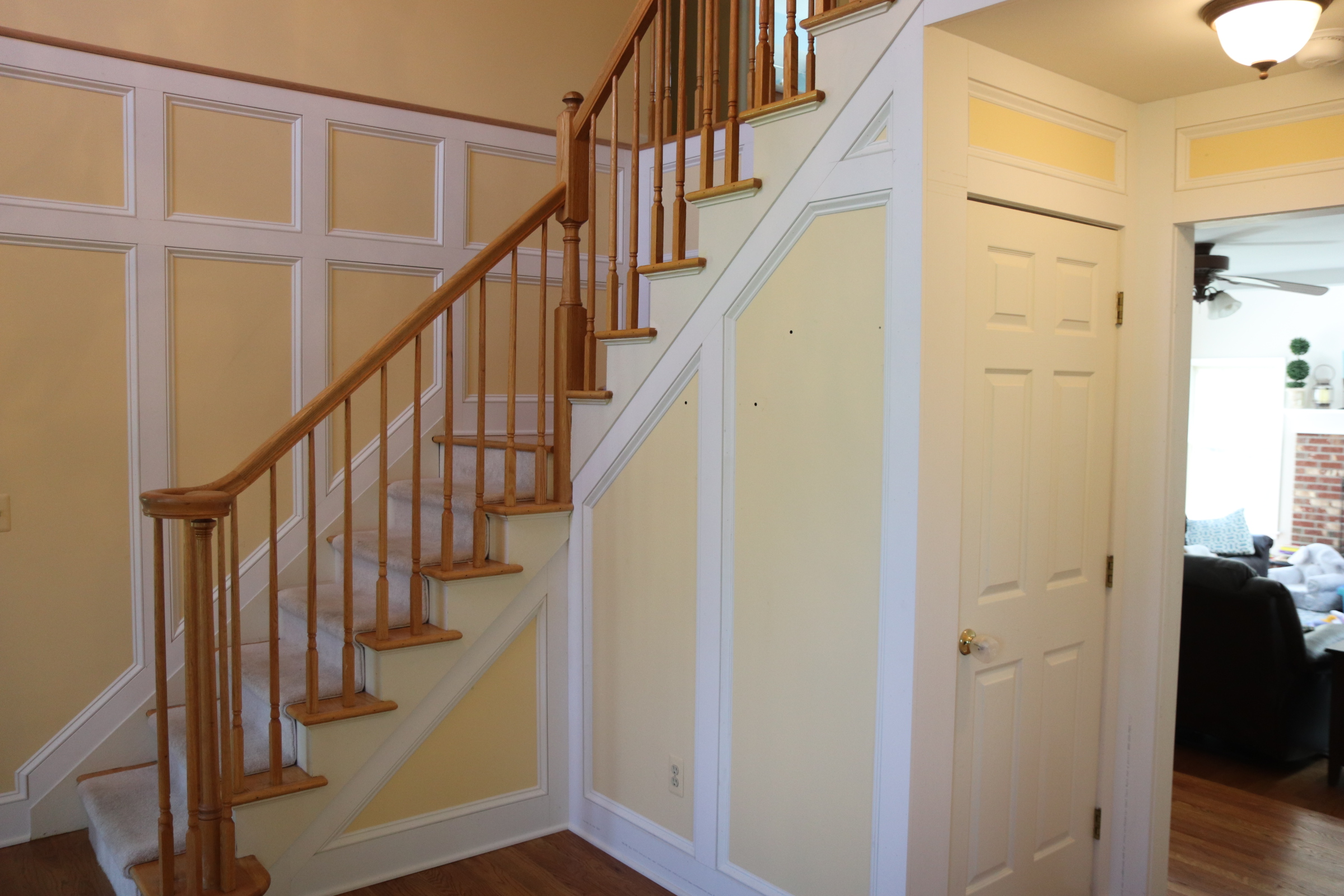 Foyer wainscot 3