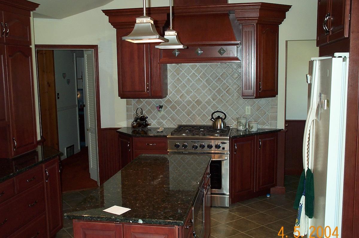 Custom Kitchen (38)