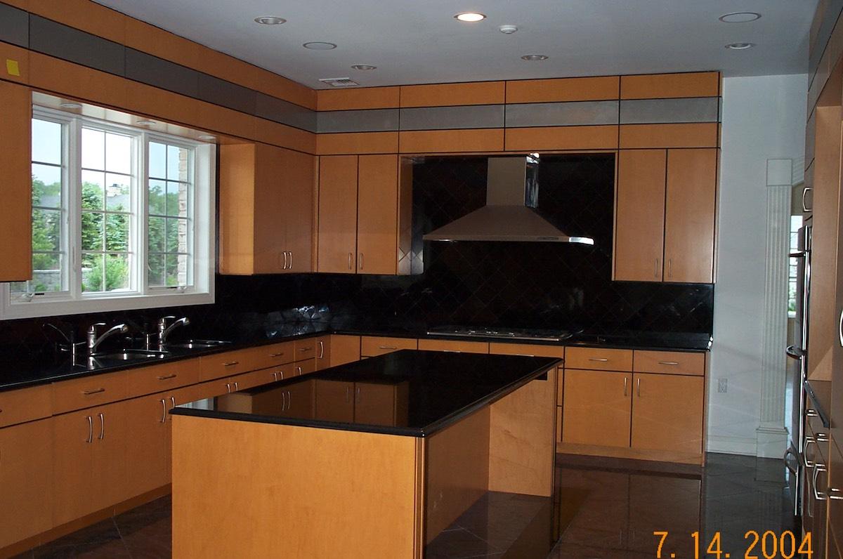 Custom Kitchen (44)