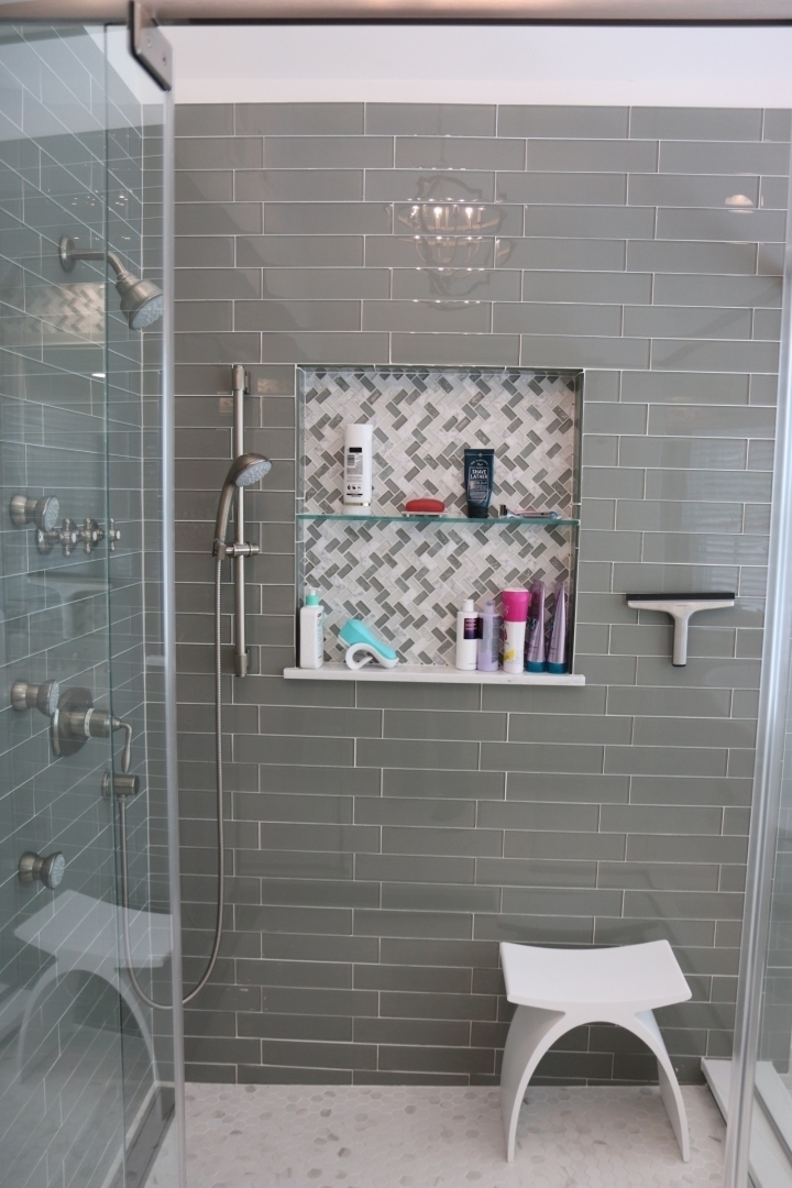 Glass mosaic recessed niche